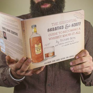 THE ESSENTIAL SCRATCH AND SNIFF GUIDE TO BECOMING A WHISKY KNOW-IT-ALL