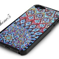 Black Snap-on Cover Case for iPhone5 - Aztec Mosaic Logo Design iPhone 5. Height: 4.95 Inches X Width: 2.31 Inches X Thickness: 0.35 Inches. | AihaZone Store