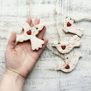 Rustic bird wedding favors ornaments hearts cottage chic guest favors bridal shower red white brown