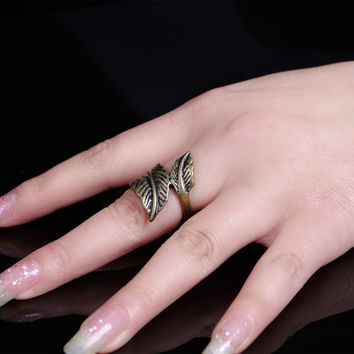 Accessory Vintage Style Metal Leaf Ring Scales [4918839364]
