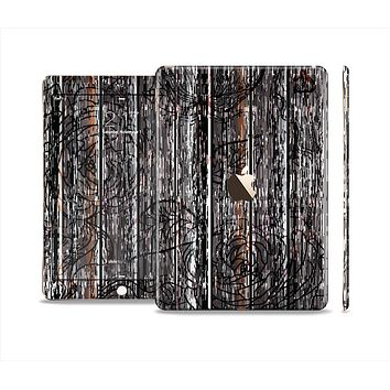 The Dark Wood with Floral Pattern Skin Set for the Apple iPad Air 2