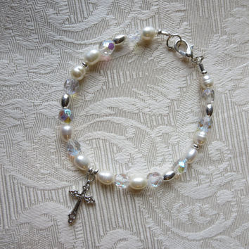 Bracelet Fresh Water Pearl and Czech Crystal Beaded Silver Cross Bracelet Elegant Chic Women Bride Bridal Party Confirmation Jewelry
