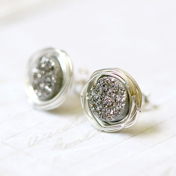 Stud Earrings,Geode Earrings,Druzy Earrings,Drusy Earrings,Quartz earrings,gift idea,Silver stud,Agate Earrings,wire earrings,Quartz,July