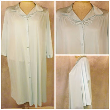 70s Vanity Fair Light Blue Robe or Nightgown Dressing Gown Size S