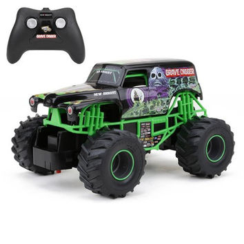 New Bright 2430 Monster Jam Grave Digger RC Truck 1:24 (7-Inch) Scale Standard Packaging