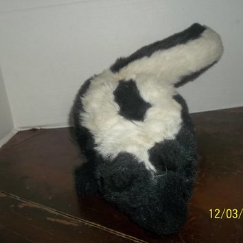 vintage country critter full body skunk hand puppet plush