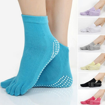 Unisex Women Men Cotton Warm Flexible Yoga Anti-slip Five Toe Exercise Socks = 1930117636