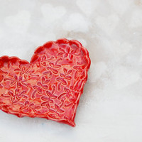 Red Tea heart dish