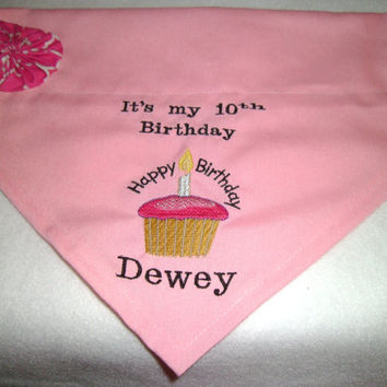 New-Happy Birthday, dog bandana, cupcake, bandana, Monogram, Personalized, Birthday,  Dog Bandana, with Flower,  Over the Collar Bandana
