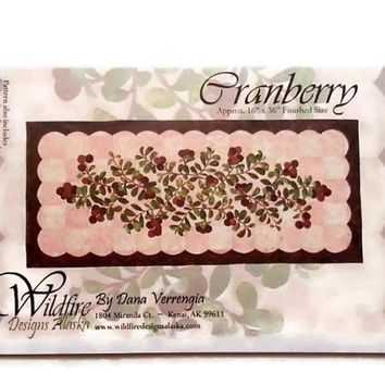 Cranberry Applique Quilt Pattern by Wildfire Designs Alaska for Table Runner, Placemats & Napkins!