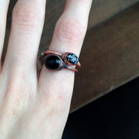 Black Onyx Ring - Tiny Ring - August Birthstone - Sardonyx - Raw Stone Ring - Copper Ring - Semiprecious Stone Ring - SIZE 7.5
