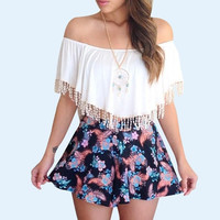 2017 New Fashion Lady Sexy White Tassel Off The Shoulder Tops Shirt Summer Short Lace Crochet Crop Top Hollow Out T shirt Blusa