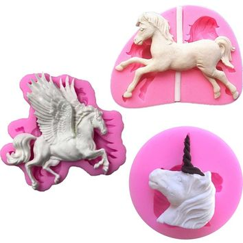 Pegasus Carousel Horse Candle Chocolate Candy Silicone Mold Cake Decorating DIY Baking Gadgets Pastry Kitchen Confeitaria Tools