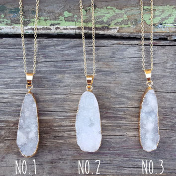 White Oval Druzy Necklace | Gold Layering Boho Necklace | White Raw Necklace | Agate Druzy Stone Jewelry | Natural Quartz Mineral Necklace