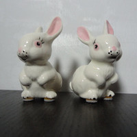 Vintage White Ceramic Bunny Figurines - Set of 2 - Easter Bunny Figurines