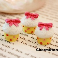 Cream Cupcake CABOCHONS with Ribbon Bow cab YELLOW by CharmTape