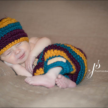 Baby Hat, Pants, Photo Prop, Photography Prop, Newborn Hat, Baby, Newborn, Baby Shower, Hat, Shower Gift, Christmas Gift, Crochet Baby Pants