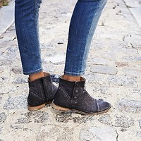 Free People Womens Shadow Lark Ankle Boot