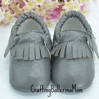 Baby Moccasins, Gray Baby Moccasins, Baby Girl Moccasins, Baby Boy Moccasins, Toddler Moccasins, Infant Moccasins, Crib Shoes, Leather Shoes