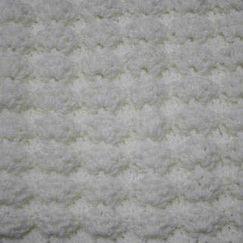 Super soft Crochet White Puff Shell Stitch, Handmade Newborn Baby Blanket, Photography Props Blanket, Car seat tent canopy