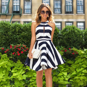 2016 New Style Summer Dress Striped Chiffon Dress Sleeveless Hollow Out Halter Dresses Hollow Out Plus Size Short Beach Dress