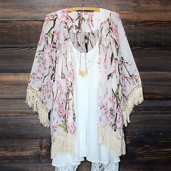 New Arrivals 2016 Women Blouses Plus Sizes Floral Cardigan Women Tops Chiffon Batwing Blouse Kimono Cardigan Chemise Femme XL