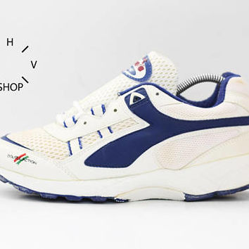 NOS 90s Vintage Diadora Aster Double Action D.A. sneakers / Deadstock Trainers / White Blue running jogging kicks hi tops / made in China
