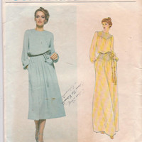 Vintage 1970s pattern for Bill Blass designer loose fitting, long sleeved dress in 2 lengths misses size 12 Vogue 2008 CUT and COMPLETE