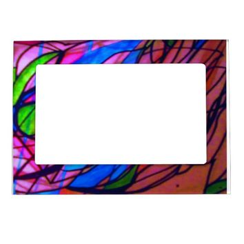 An interesting picture frame. magnetic picture frame
