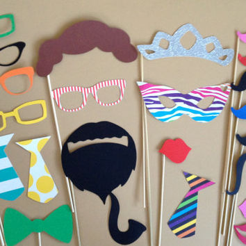Cute PHOTO BOOTH PROPS Set Of 23 Mradi Gras Birthday Party Photo Props Wedding Photo Booth Props Party Decorations Party Supplies