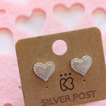 Heart Pave Trim Earring