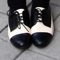 Rockabilly Dandy Two Tone Black Cream Oxford Spectator Shoes from doombride