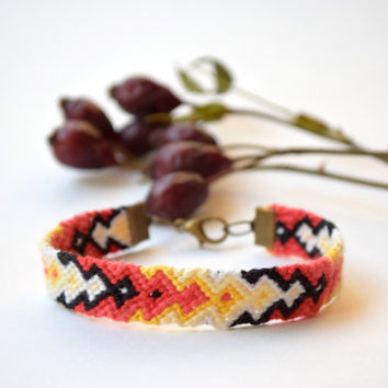 Friendship bracelet-Hand woven bracelet-fiber jewelry-hippie bracelet-macrame-teens girls boys-chevron-braided-unisex-boho colorful rainbow