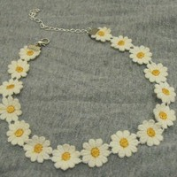 Hip Mall Choker Bib Collar Daisy Flower Lace Boho Hippy Necklace