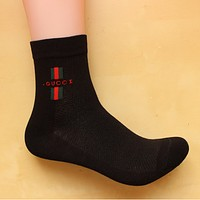 GUCCI youth trend in the tube socks cotton sports socks Four Seasons deodorant socks 8 pairs of mai  Black