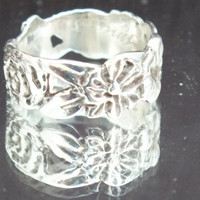 Sterling Silver Statement Ring With Flowers and Leaf Designs, Size 6, Vintage Precious Metal Ladies Jewelry, Free Shipping and Gift Box
