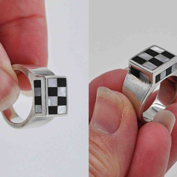 ON SALE Vintage Sterling Silver Inlaid Checkerboard Ring, MOP, Black Onyx, Inlay, Signet, Modernist, Chunky, Size 6 1/2, So Unique! #b638