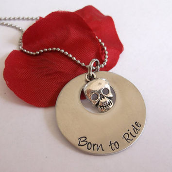 Born to ride skull necklace