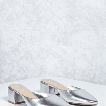 Round Toe Metallic Mules