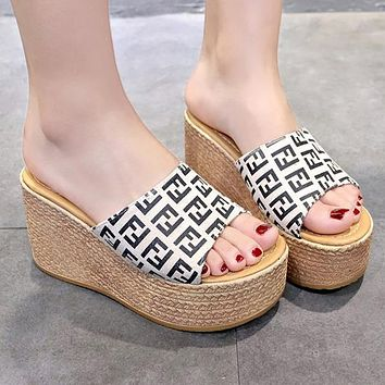 FENDI Summer Hot Sale Women Print Thick Sole Sandal Slipper Shoes Beige