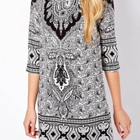 Vintage Paisley Pattern Three Quarter Sleeve Shift Dress