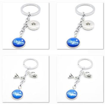 2017 Fashion Baseball Key Chain MLB Los Angeles Dodgers Charm Keychain Party Birthday Keyrings Gifts Car Keyring for Women Men