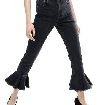 Cropped Jeans with Ruffled Raw Hem