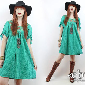 Vintage 70s Green Embroidered Mini Dress XS S Green Mexican Dress Embroidered Dress Hippie Dress Hippy Dress Boho Dress Festival Dress