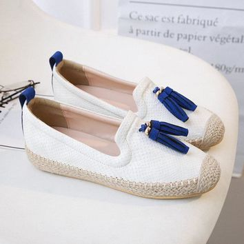 Tassel Round Toe Slip On Flat Loafers For Women