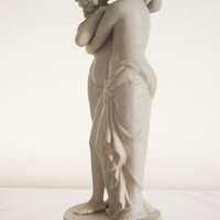 Statue of Cupid and Psyche - Rare early 20th century German bisque porcelain miniature sculpture - Greek mythology - Porcelain statue