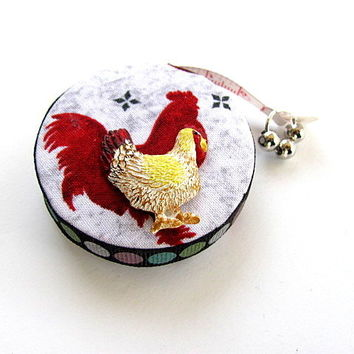 Measuring Tape Roosters Chickens by AllAboutTheButtons on Zibbet