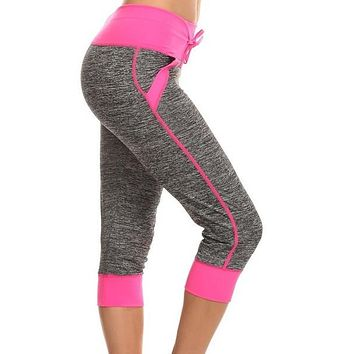 Moisture Resistant Capri Leggings with Pockets