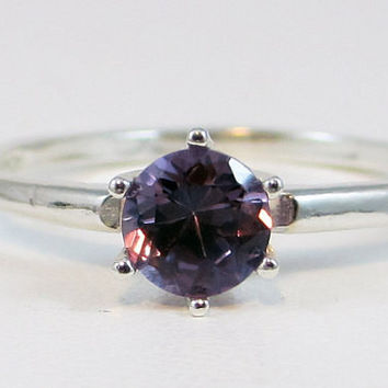 Alexandrite 0.50 Carat Solitaire Ring 925 Sterling Silver