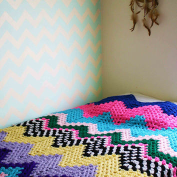 One of a Kind Zig Zag Chevron Crochet Blanket Comforter